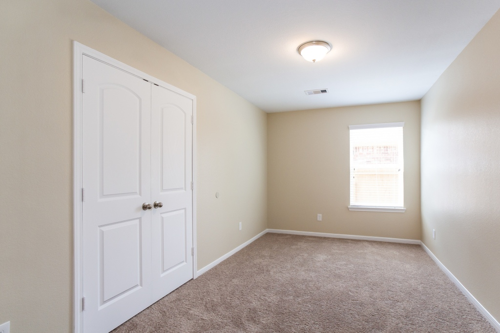 Vacant bedroom